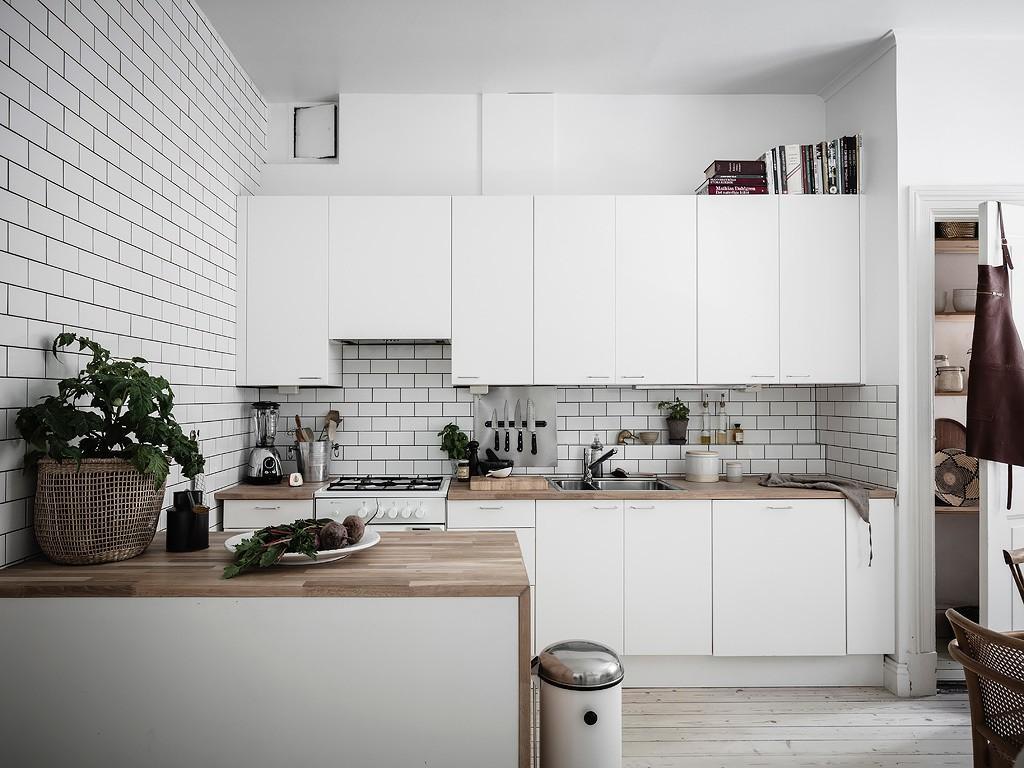 encimera de madera cocina sueca cocina nórdica cocina moderna cocina líneas rectas cocina isla cocina escandinava cocina blanca