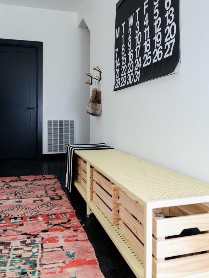 estilo minimalista estilo americano de montaña decoración blanco y negro decoración americana chalet madera casa cottage moderna black cabin oregon