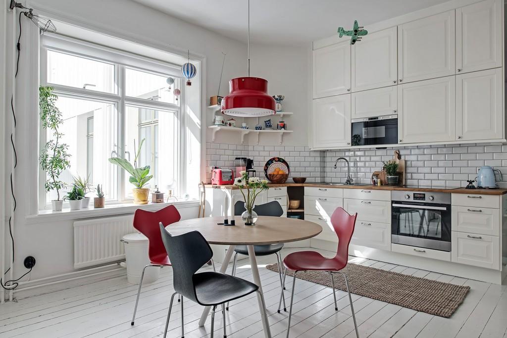 Mesa de la cocina con sillas Grand Prix - Blog tienda ...