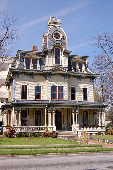 bj398px-Heck-Andrews-House-20080321 from Wikipedia