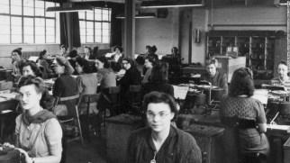 130919145333-bletchley-park-female-codebreakers-horizontal-large-gallery