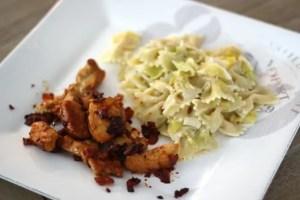Poulet épicé et pâtes aux poireaux  – 380 kcal – 9 SP WW