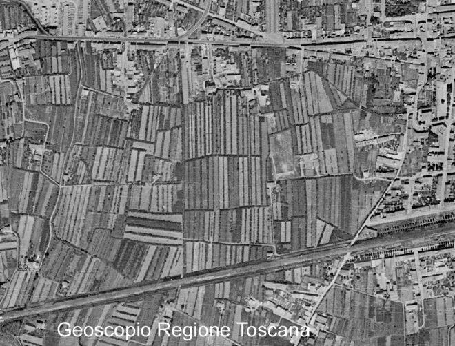 Empoli, Ortofoto del 1954 Regione Toscana - Sistema Informativo Territoriale ed Ambientale Per gentile disponibilità Geoscopiomaps by Regione Toscana are licensed under a Creative Commons Attribution - 3.0 Italia License