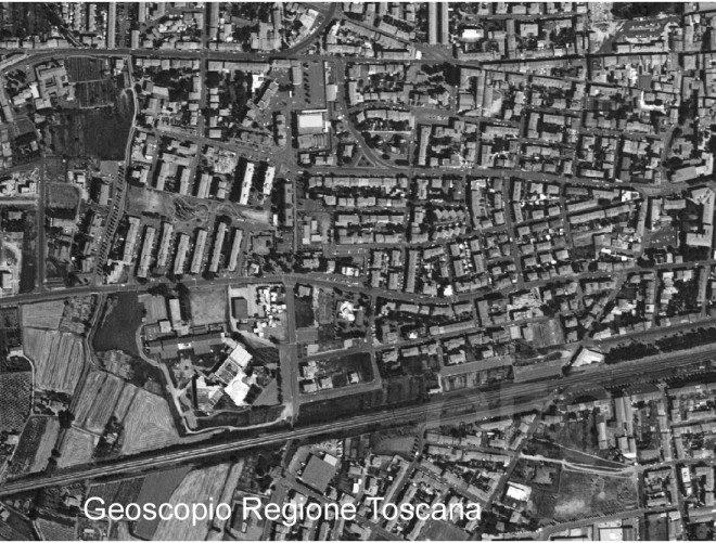 Empoli, Ortofoto del 1996 Regione Toscana - Sistema Informativo Territoriale ed Ambientale Per gentile disponibilità Geoscopiomaps by Regione Toscana are licensed under a Creative Commons Attribution - 3.0 Italia License