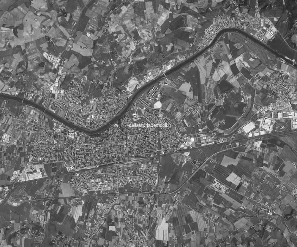 Un'analisi E Una Proposta : La Città Ad Anello.  Di Vincenzo Mollica