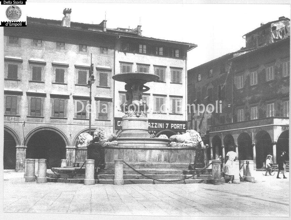 CAPONI 45 Piazza Dei Leoni Sette Porte