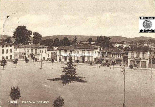 Piazza Gramsci Nell'immediato Dopoguerra
