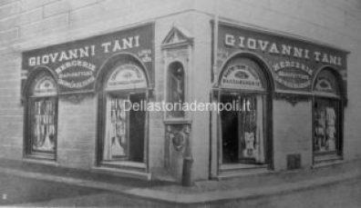 Empoli - Via Ridolfi incrocio Via Del Papa Negozio Tani poi Montefiori 1