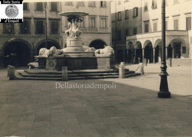 Empoli - Piazza dei leoni da Davide Pelagotti