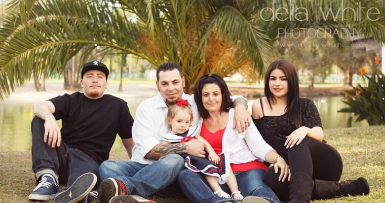Riverside Family Photography at Fairmount Park