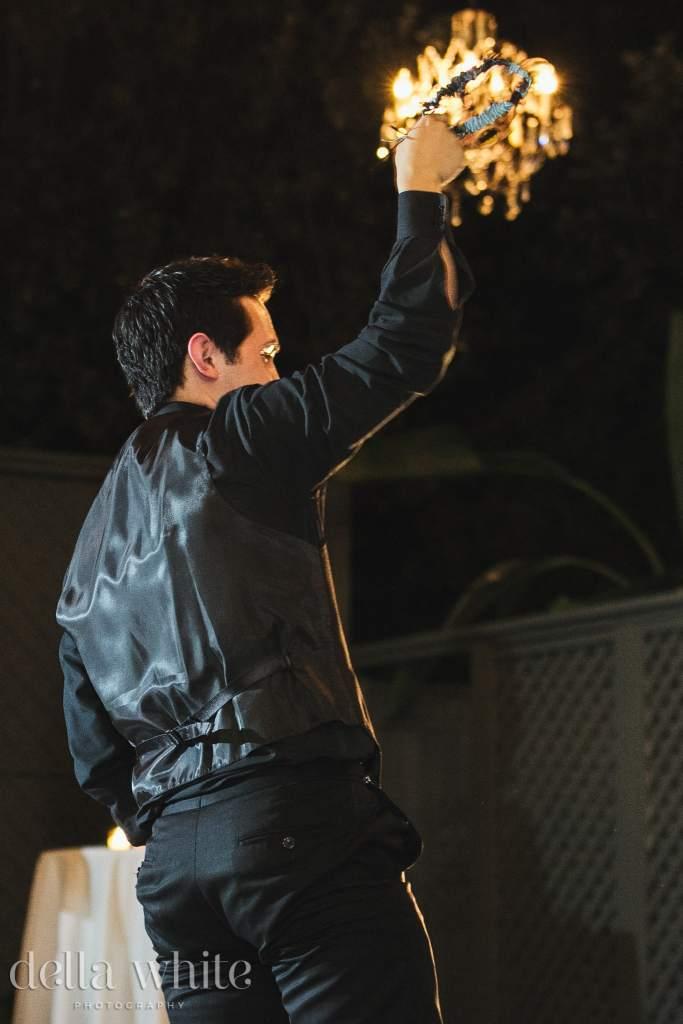 groom throwing the garter