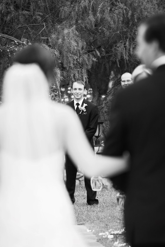 groom seeing the bride for the first time