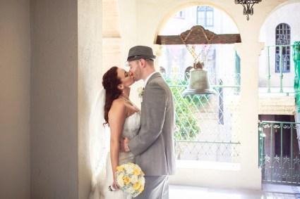 wedding photos at the mission inn