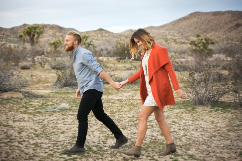 engagement session in joshua tree, ca