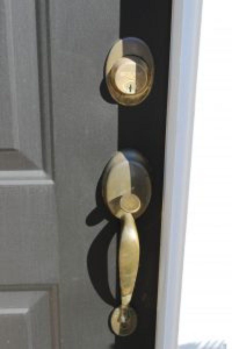 Images of How To Get A Front Door Handle Off - Losro.com