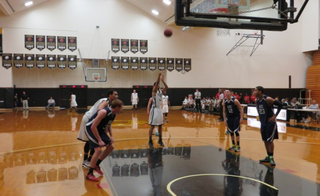 IN PLAY: Mustang Troy Anderson shots free throws on Jan. 28.