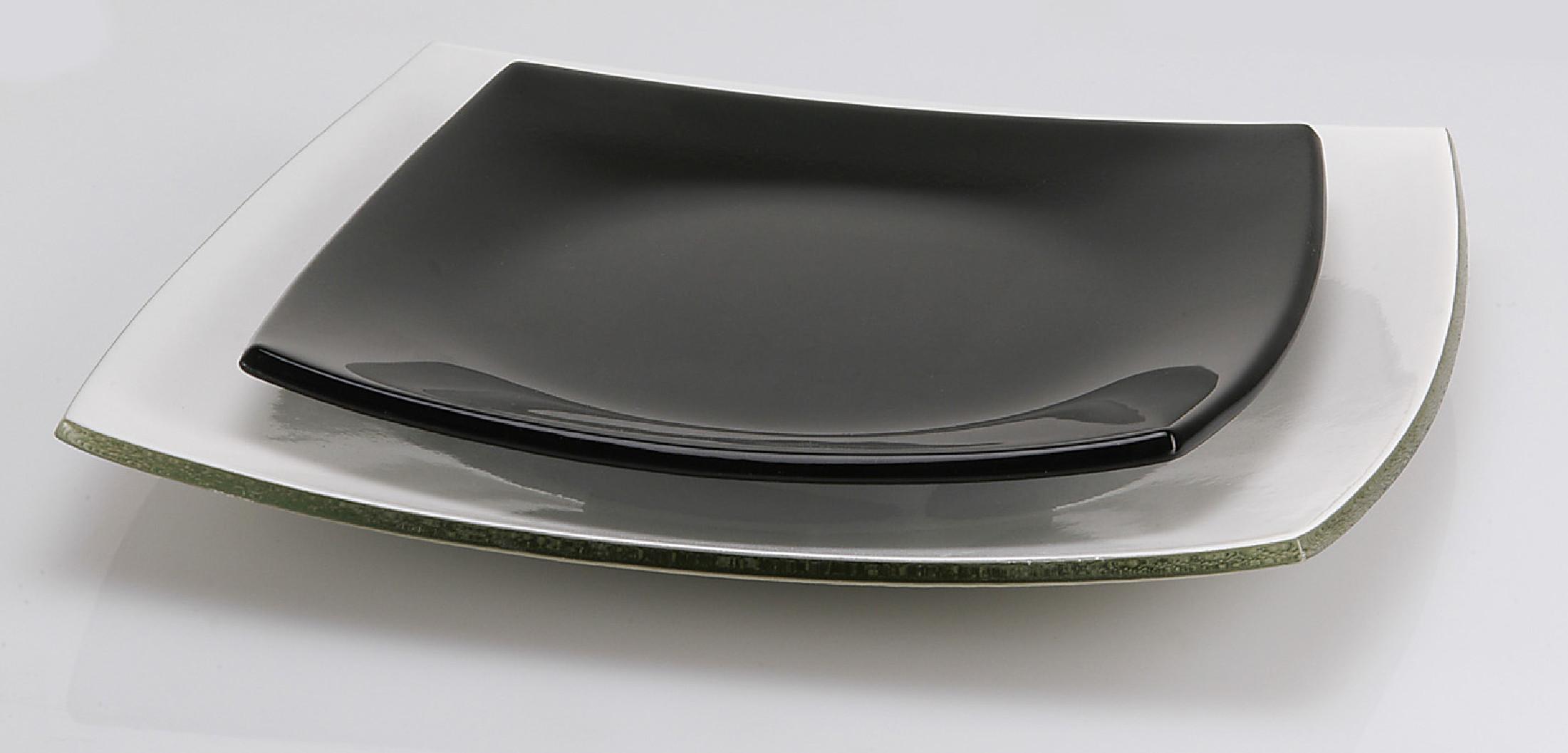 assiette carree noire