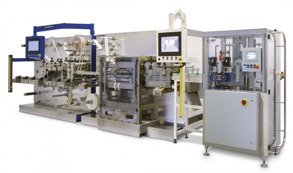 Converting and Pouching line with Integrated Case Packer