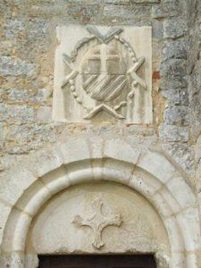 Les Templiers armoiries de Jacques de Souvré 225x300 - « Cave ne cadas – Prends garde à la chute. » (Avertissement donné à Rome par un esclave au triomphateur, pour lui rappeler les vicissitudes de la fortune.)