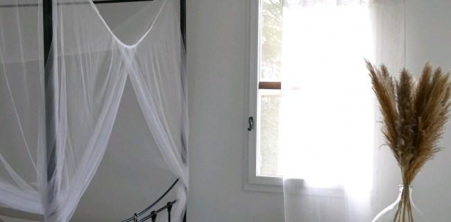Tringle en bois flotté. Tringle à rideaux en bois flotté. Réalisation artisanale en bois flotté by Deluxe Créations