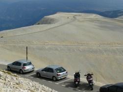 """A quelques kilomètre du sommet, on comprend pourquoi le Ventoux est parfois surnommé """"le Mont Chauve !"""""""