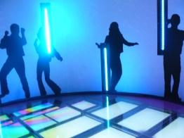 Bouge-toi sur le dance floor du musée Abba !