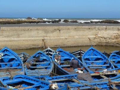 Des barques, du bleu, l'océan...