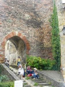 Une des entrées de la cité médiévales