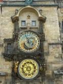 L'horloge astronomique de Prague se situe sur la place de l'hôtel de ville.