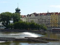 La Vltava traverse Prague.