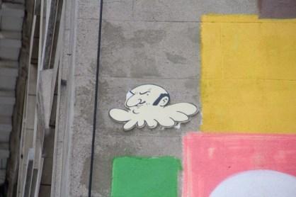 De nombreuses fresques ornent les murs de Bruxelles. Ici, Rastapopoulos.