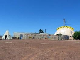 """Meteor City abrite """"la plus longue fresque de la Route 66""""."""