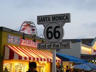 Voilà. C'est la fin de la Route 66, à Santa Monica.