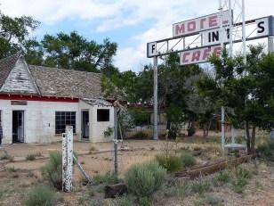 Glenrio marque la frontière entre le Texas et le Nouvea-Mexique.