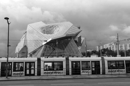 Le musée des Confluences, au bout du pont Pasteur.