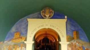 La chapelle romane du mont Cindre.