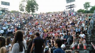 4000 personnes dans le public.