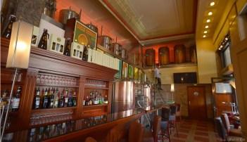 Côté bar.
