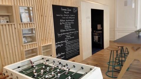 Salle de l'Away Hostel & Coffee Shop