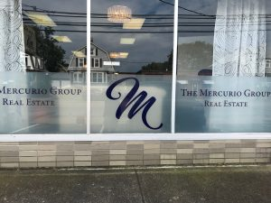 Mercurio Group Glass Lettering 01