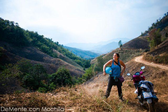 en la ruta montañosa