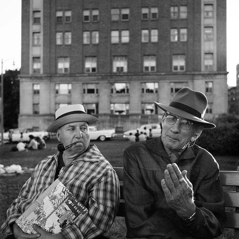 Fotos perdidas do dia a dia americano nas décadas de 50 e 60