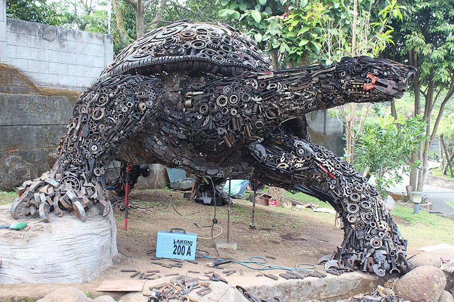Animal Out Junk Yard Art