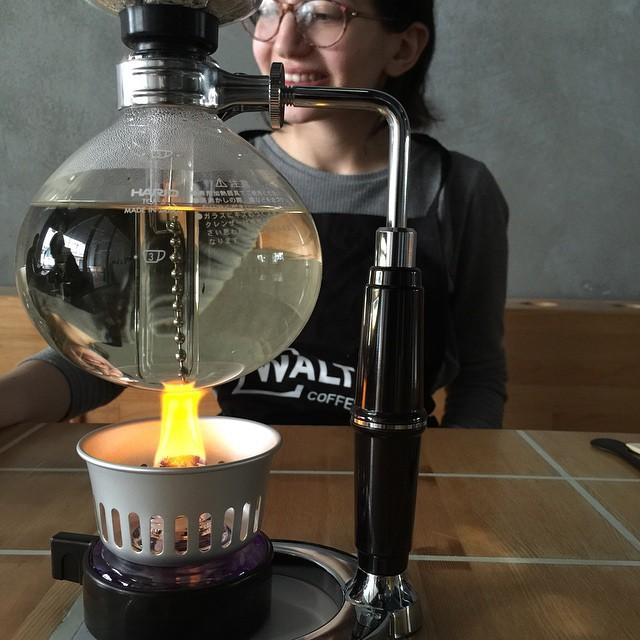 breaking-bad-coffee-shop-walters-roastery-deniz-kosan-istanbul-8
