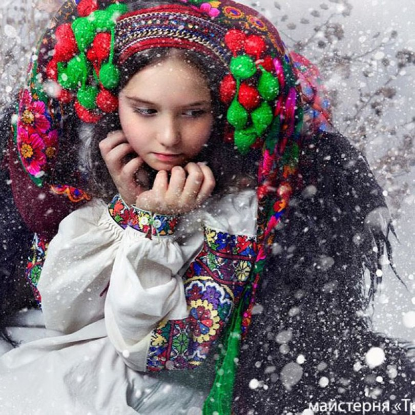 traditional ukrainian flower crowns treti pivni 13 - Mulheres e as coroas florais tradicionais de seu país