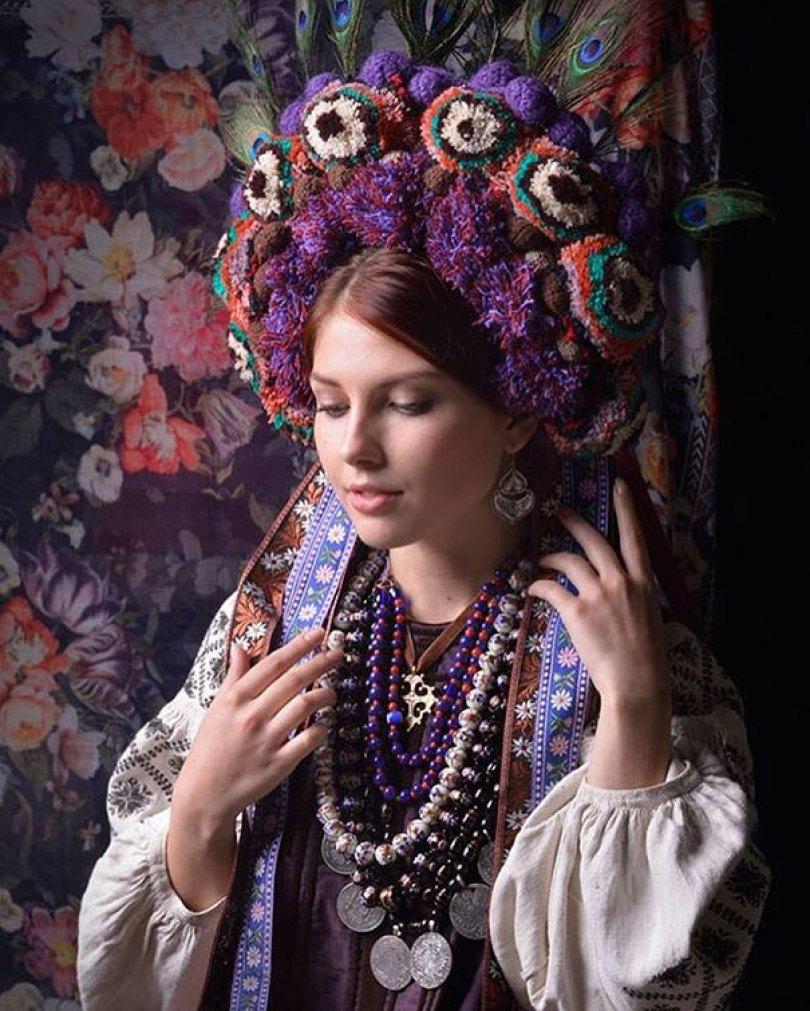 traditional ukrainian flower crowns treti pivni 6 - Mulheres e as coroas florais tradicionais de seu país