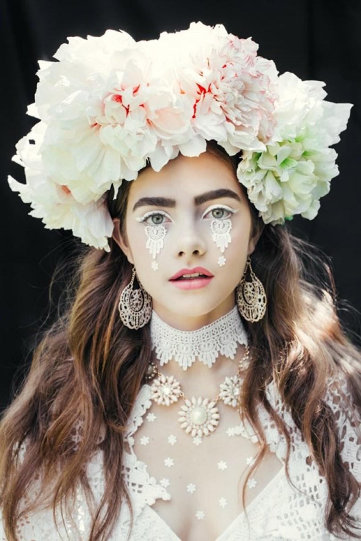 polish slavic wreaths folklore ula koska beata bojda 5 - Mulheres e as coroas florais tradicionais de seu país