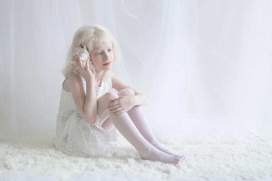 beautiful-albino-people-porcelain-beauty-yulia-taits-10
