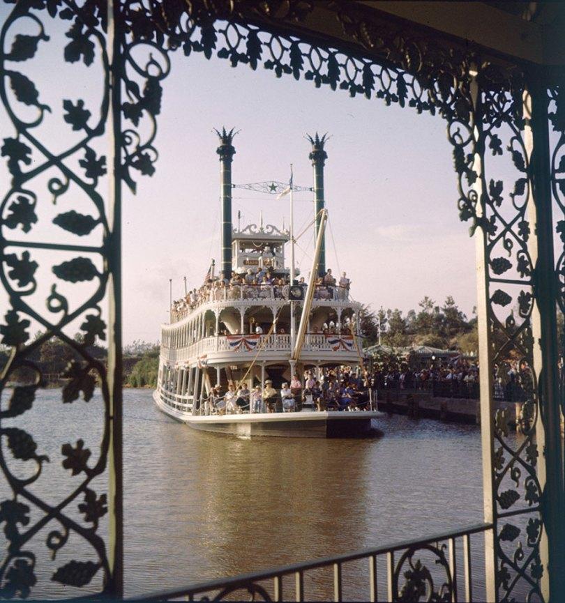 disneyland opening day 1955 12 - Dia de abertura da Disneylândia em 1955