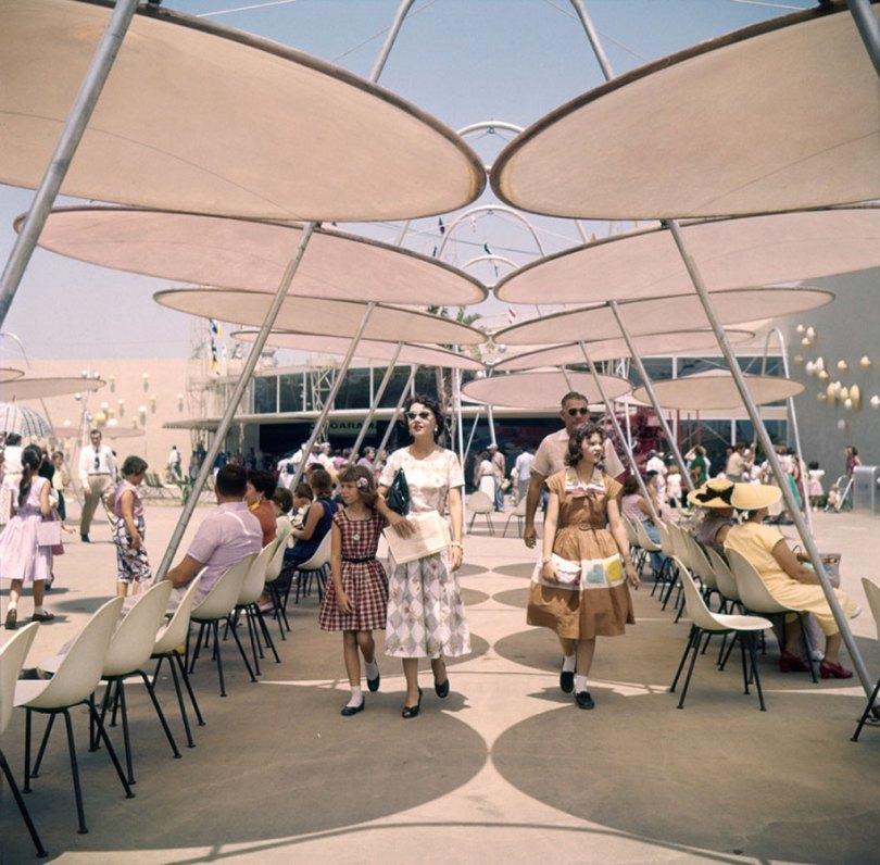 disneyland opening day 1955 16 - Dia de abertura da Disneylândia em 1955